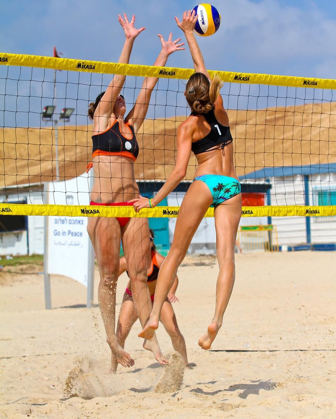 Yael Yellin Sedbon On Instagram Pass The Block And Have A Great Week Beachvolleyball Beachvolley Volleyball Beach Photo In 2020 Beach Volleyball Photo Volley