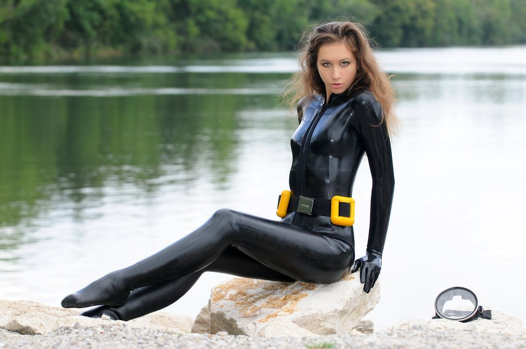 Sexy Girls In Wetsuits