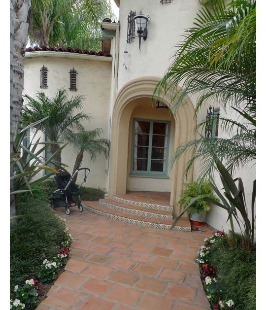 Spanish Style Houses Exterior: Spanish Revival Turret Entry