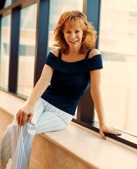 sexy naked pics of reba mcentire