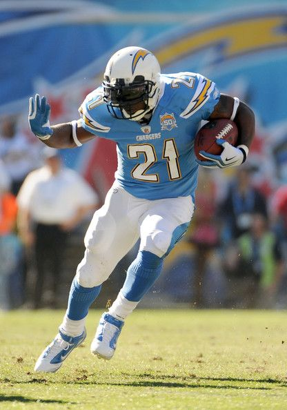 Ladainian Tomlinson in Oakland Raiders v San Diego Chargers ... cbfcfb862c48