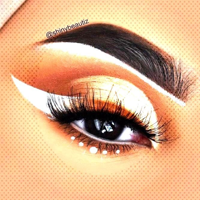 If you apply winged eyeliner in the right way, it can define your eyes and make you appear prettier