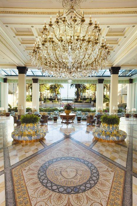die besten 25 palazzo versace ideen auf pinterest luxusurlaub luxushotels und k ste australien. Black Bedroom Furniture Sets. Home Design Ideas