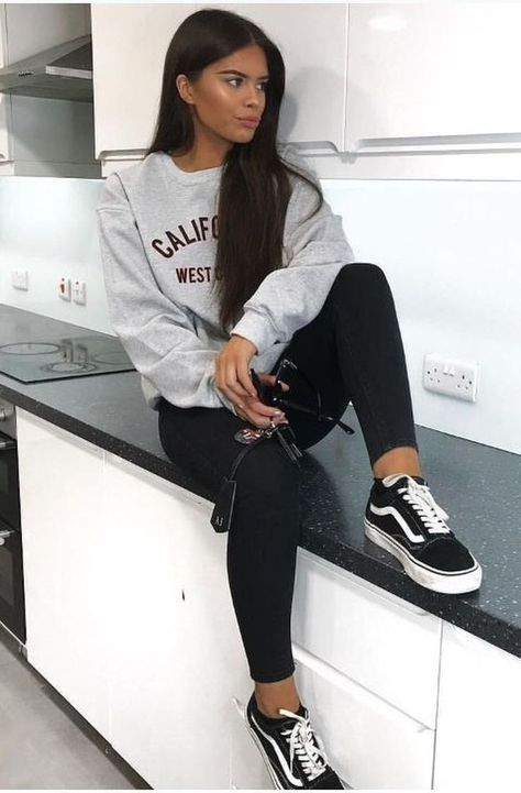 48 relaxing sporty outfits ideas for fitness-loving teenagers  #fitness #ideas #loving #outfits #rel...
