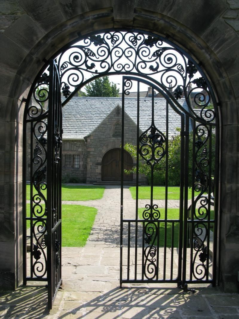 Cast iron garden gate or a great door for wine cellar beautiful