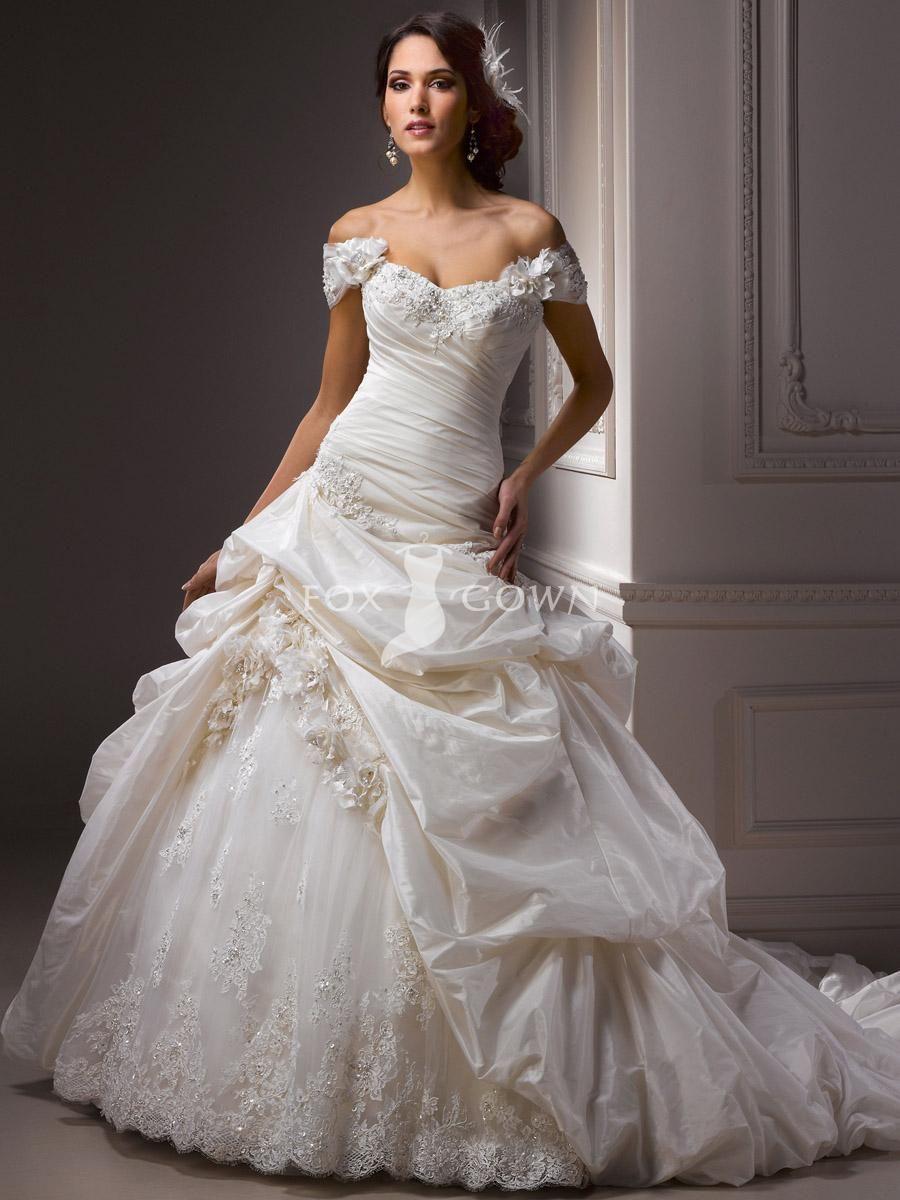 100 dollar wedding dress  Pin by marshmallow on Wedding dresses  Pinterest  Gowns Wedding