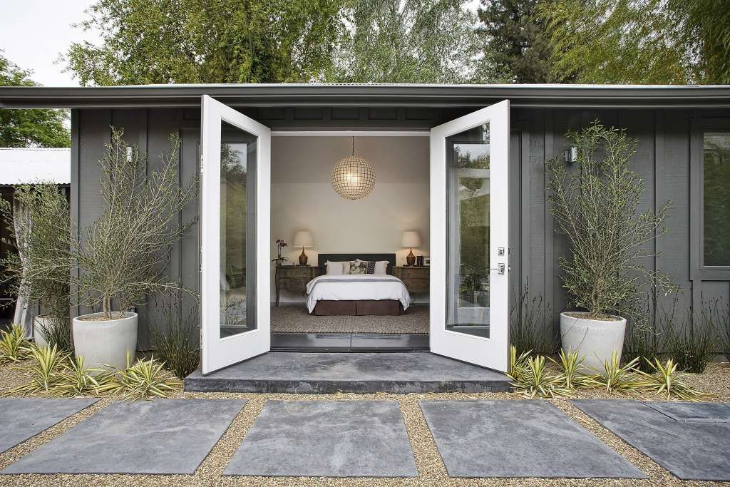 Remodeled Sonoma bungalow has chic design touches House