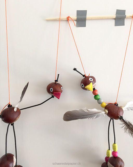 Eine Vogel-Marionette aus Rosskastanien - Basteln im Herbst #kastanienbastelnkinder