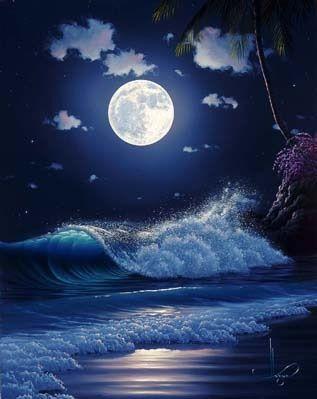 على عكس البحر ذلك السمــا ء نجد تلك السماء التي تطبع قبلاتها على ذلك البحر لنجد تلك السماء التي تلبس الماساتها و مجوهراته Night Scenery Moonscape Scenery