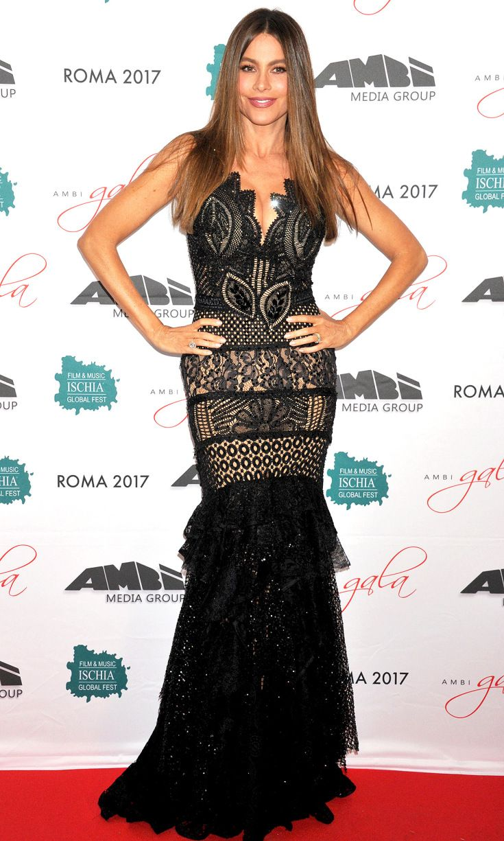 Last nightus look love it or leave it sofia vergara skin tight