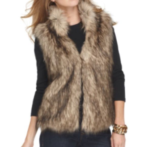 Michael Kors Faux Fur Vest Michael by Michael Kors Faux Fur Vest. Petite Small. Shawl collar, open front with hook-and-eye closure. Gently used. MICHAEL Michael Kors Jackets & Coats Vests