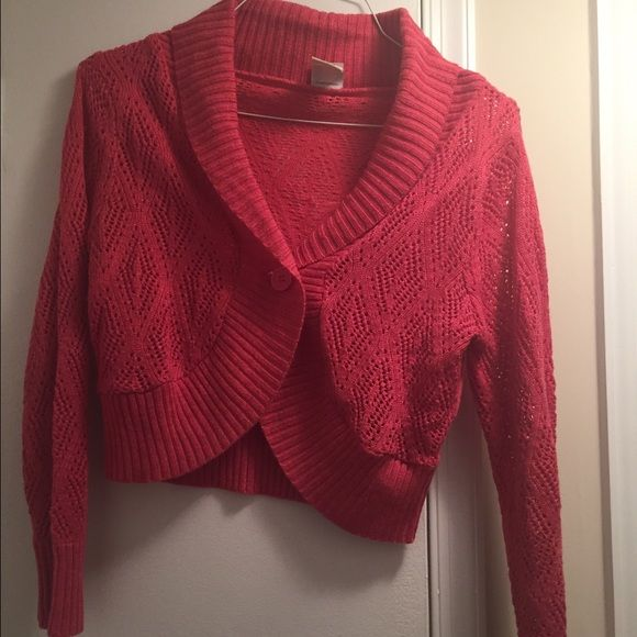 Sweater Pretty pink crochet cropped sweater. Sweaters Cardigans