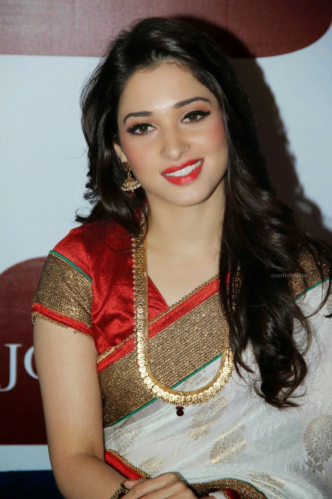 Top 50 Tamanna Bhatia Wallpapers Photos Images And Pics Abi