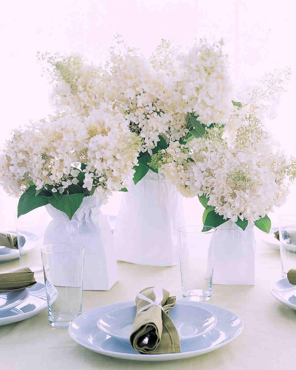 elegant and affordable wedding flower ideas we love