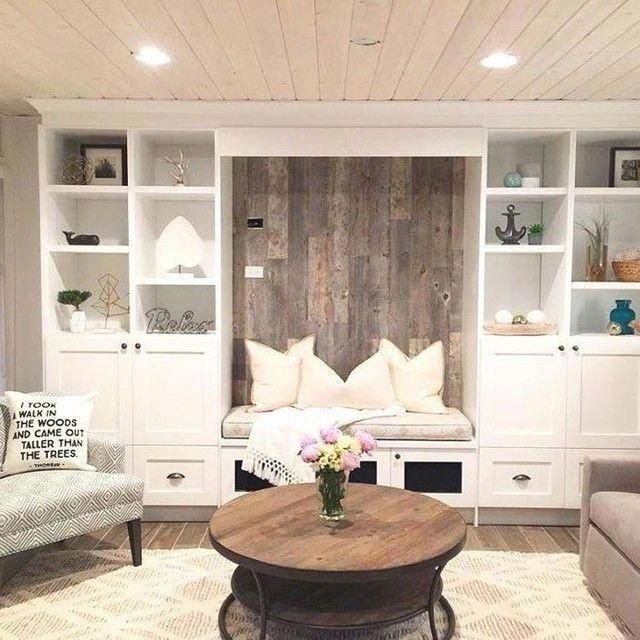 An original, pared-down design is elevated to two tiers with contrasting texture…