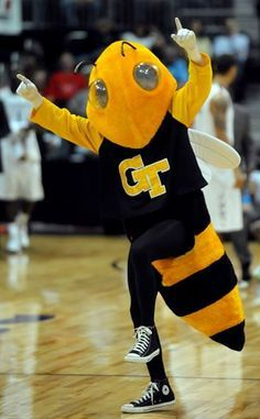 Georgiatech Yellowjackets Mascot Buzz Atlanta Ga