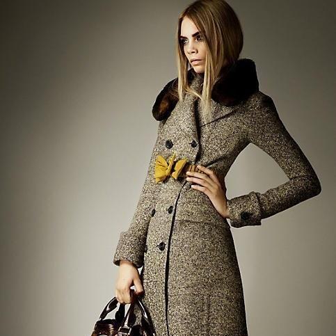 Пальто burberry женское   Шубы   Pinterest   Burberry и Style 0c8a0b60730
