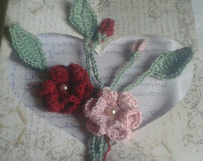 Buque de flores de croche. ..