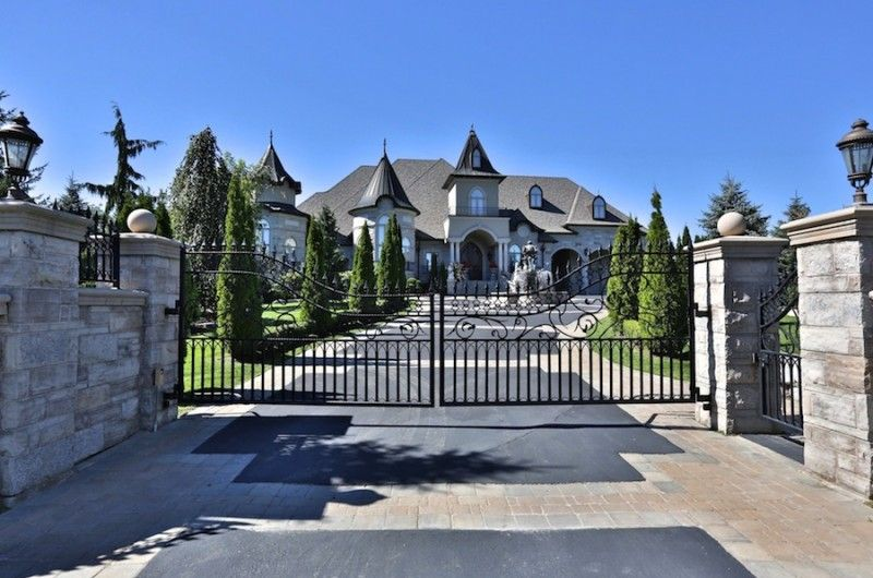 Brilliant Custome House In Ontario Canada