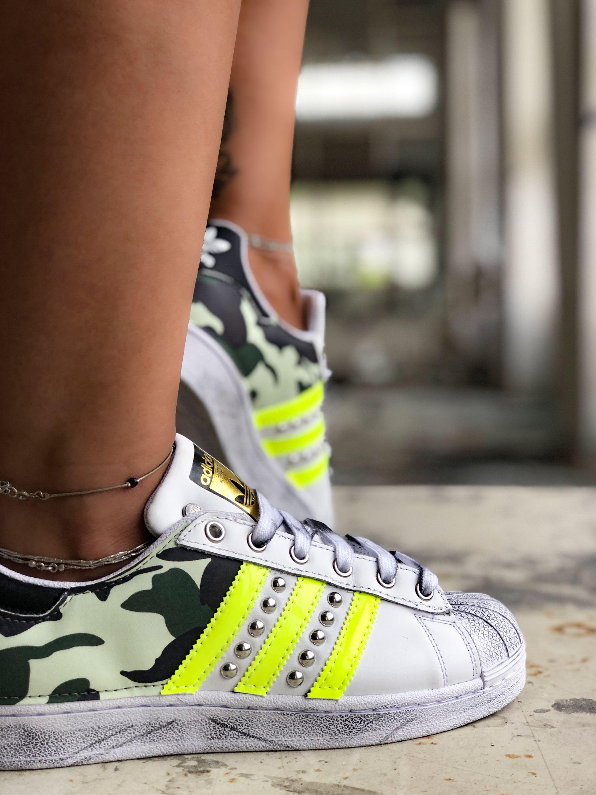 adidas donna superstar fluo