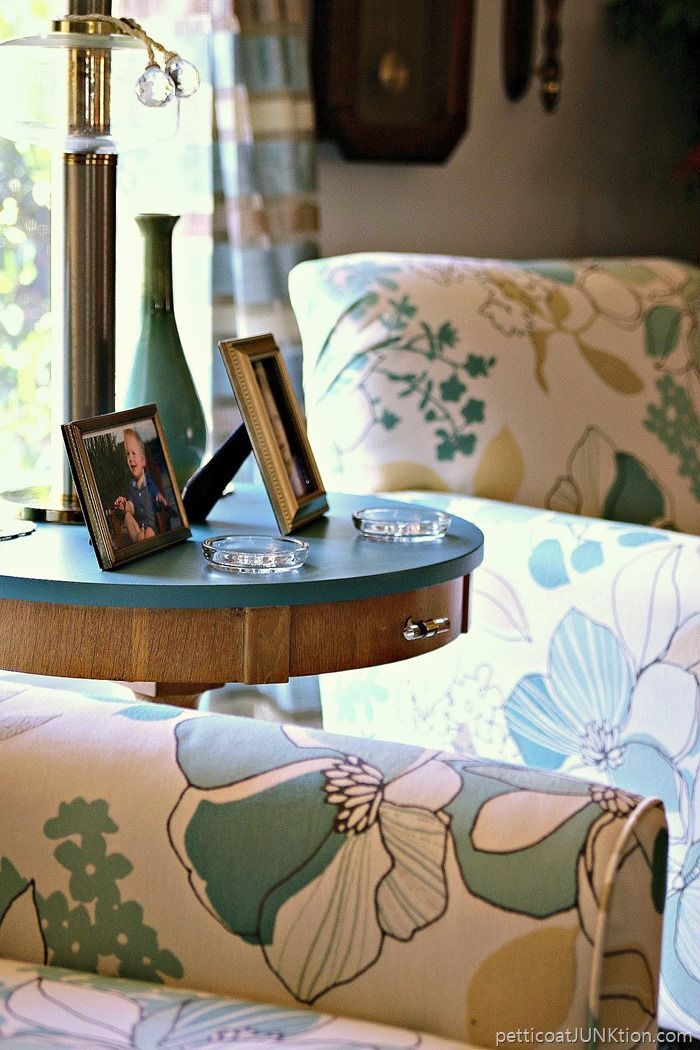 Vintage Blonde Table Makeover Gold painted furniture