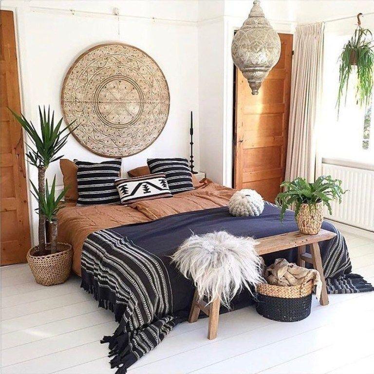 30+ Creative Bohemian Bedroom Decor Ideas #bohemianbedrooms