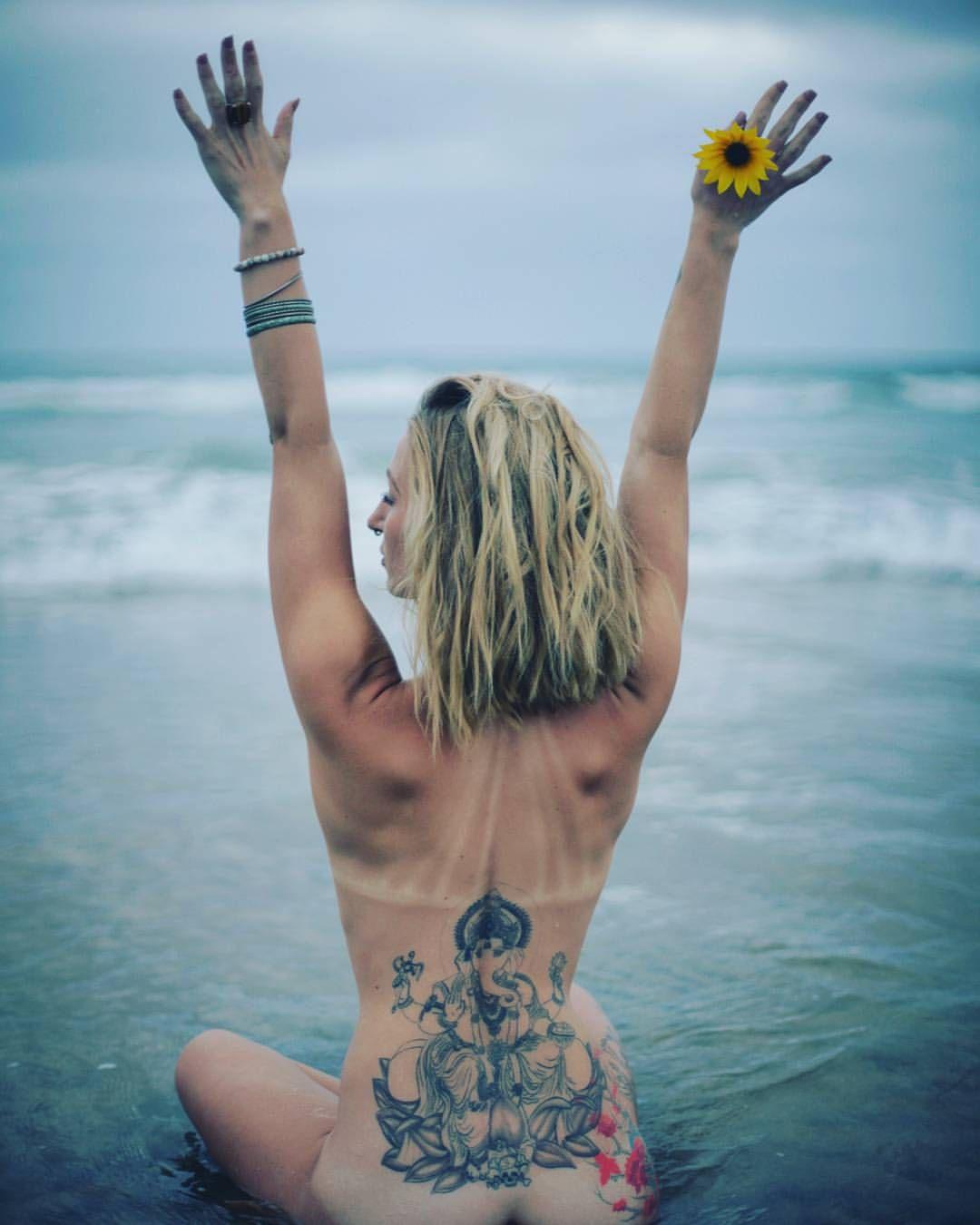 Sexy women nudes