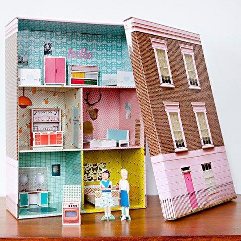 Puppenhaus in schachtel mit hausfasade basteln for Puppenhaus basteln