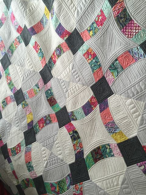 Alive and Well | Blogging, Quilting designs and Free motion quilting : longarm quilting blogs - Adamdwight.com