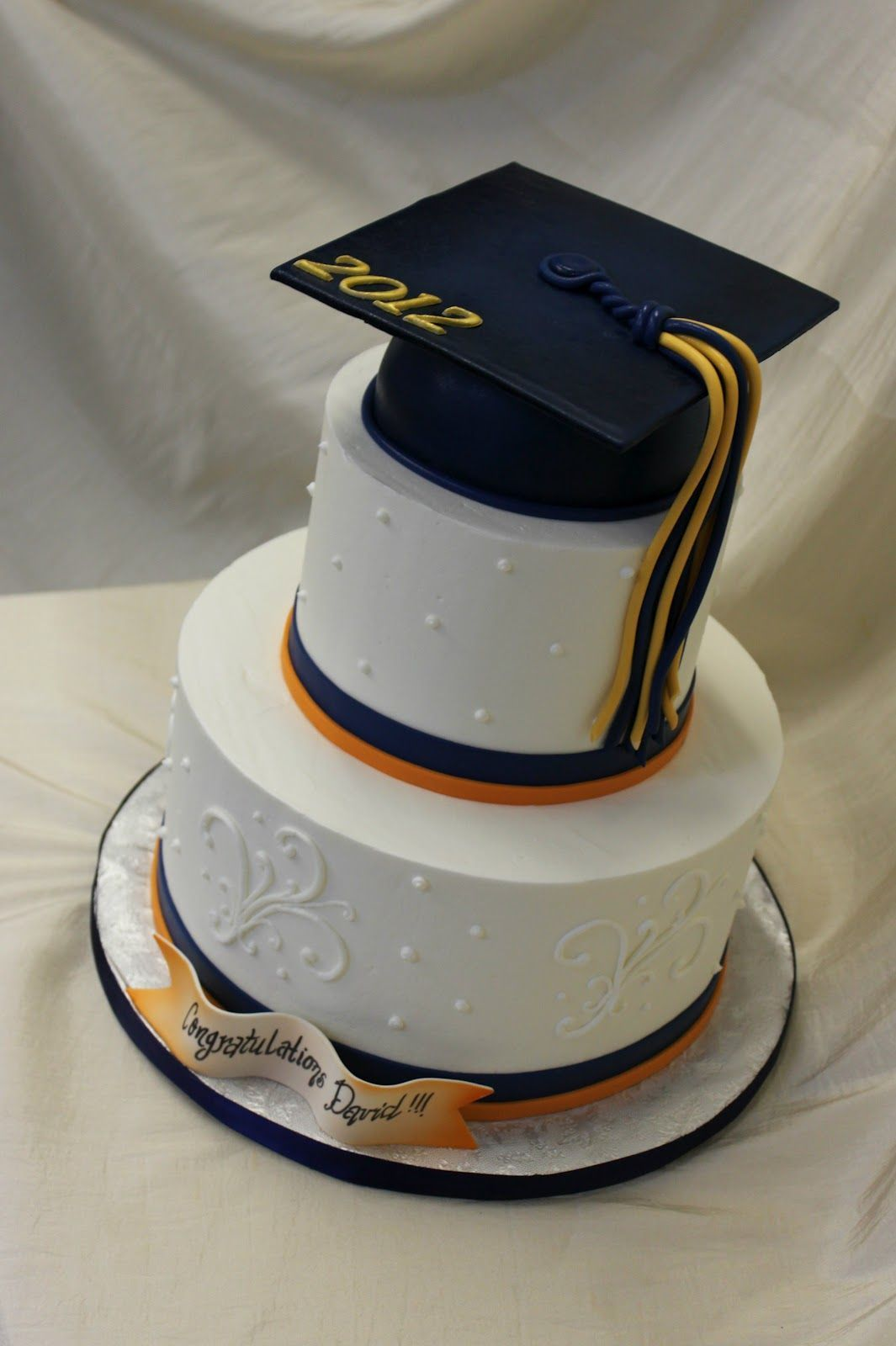 12 Cool And Unique Graduation Cake Ideas For Your Special One In