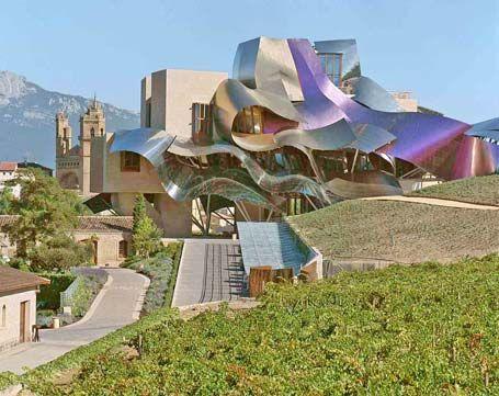 Hotel Marques de Riscal. Elciego, Alava, Spain. Architect Frank Gehry.