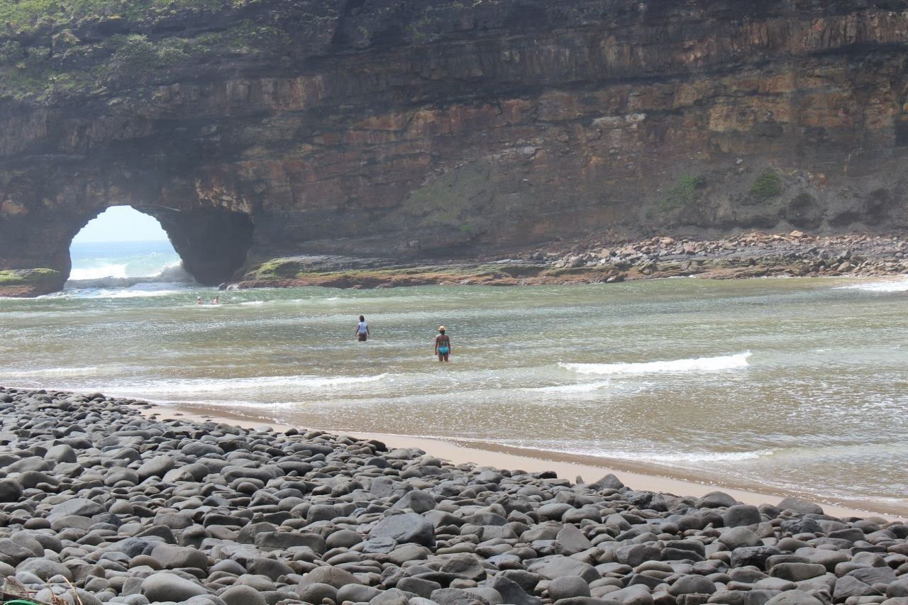 pin by wheretostay co za on wheretostay co za eastern cape on hole in the wall rock formation eastern cape id=72065