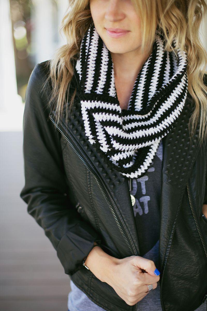 Make Your Own Crochet Cowl | Crochet | Pinterest | Tejido, Cuellos ...