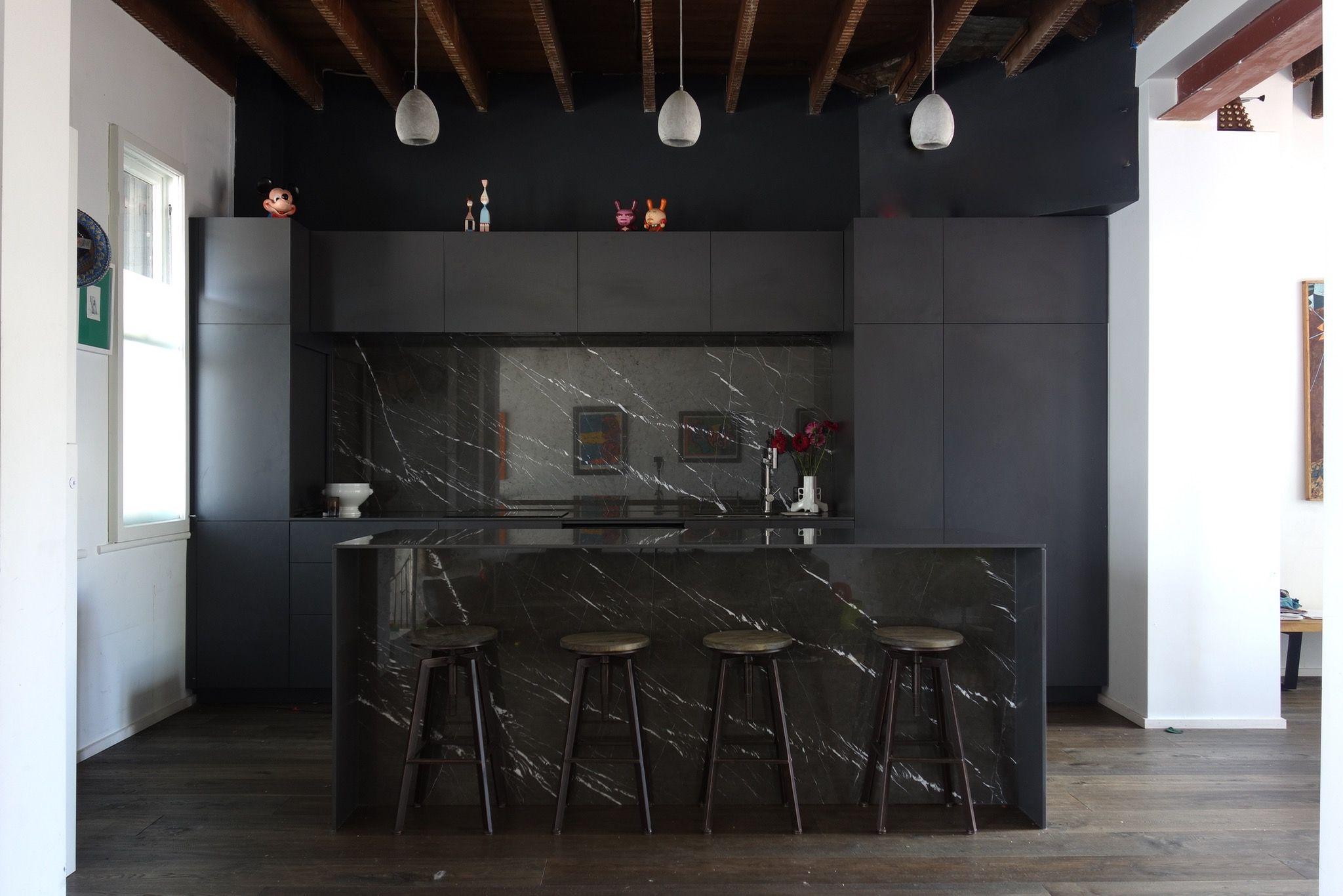 Black kitchen installed pietra grey marble 12mm silestone for Black and grey kitchen