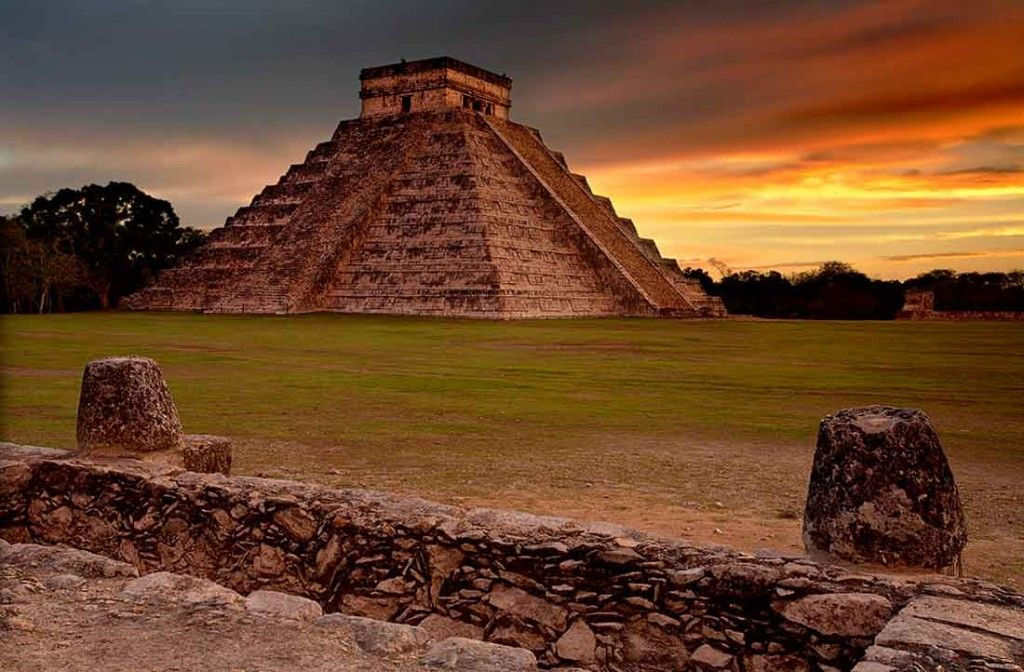 freeehdwallpapers club offers best Mexico Chichen Itza