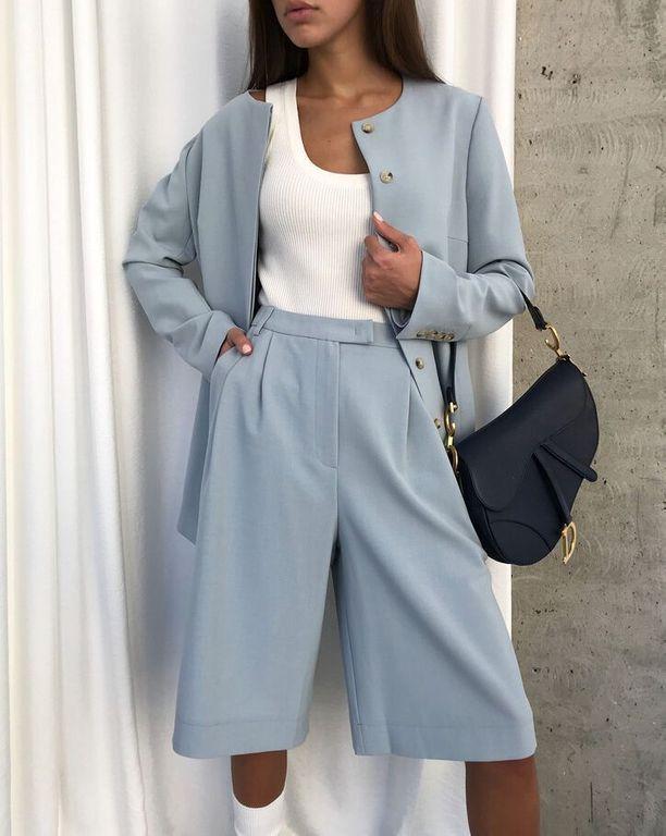 Bermuda: comment porter la pièce mode la plus tendance de la rentrée? – Fashion