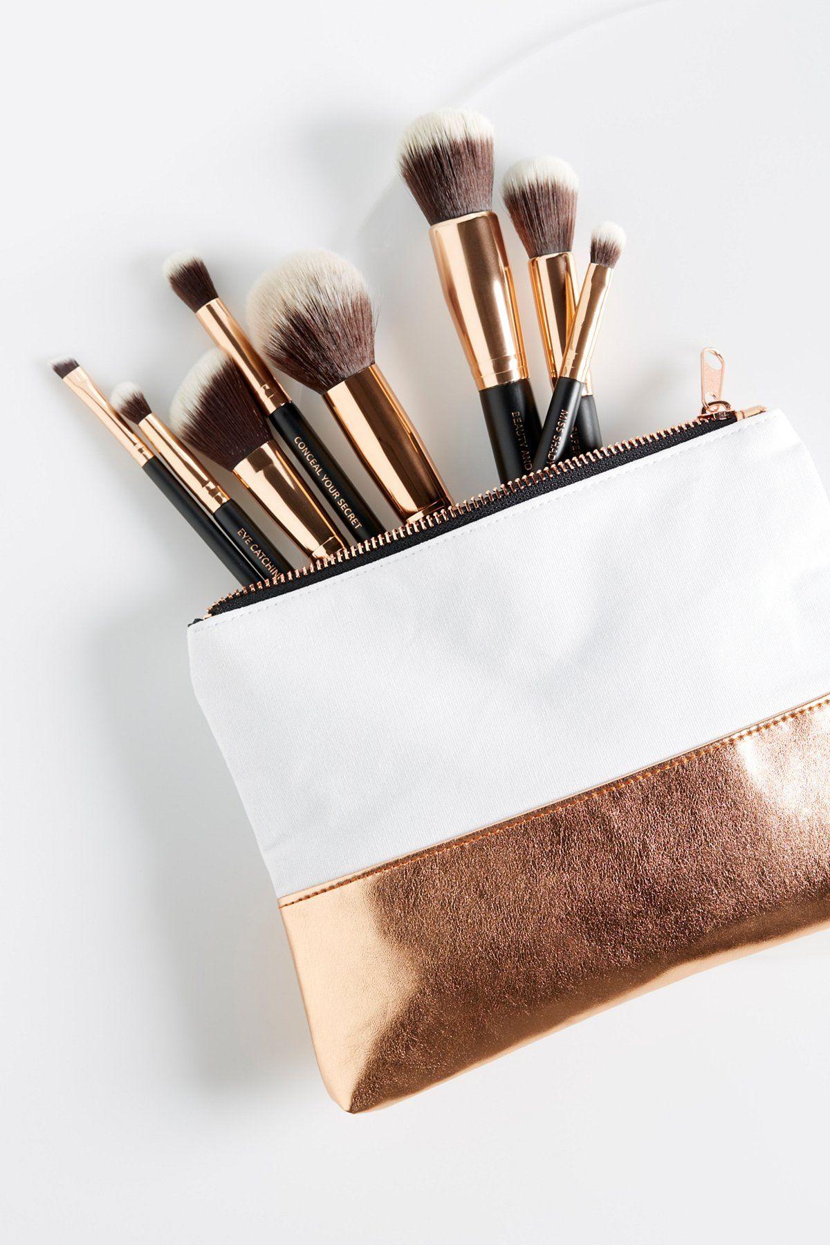 M.O.T.D Cosmetics Lux Vegan Essential Brush Set Vegan