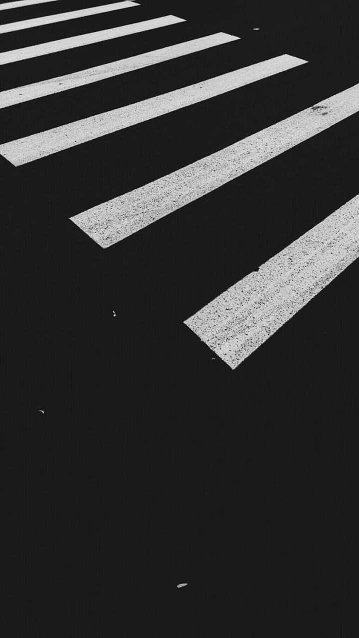Pin Oleh Marisasasasa Di Fond D Ecran Wallpaper Iphone Hitam Fotografi Hitam Putih Latar Belakang