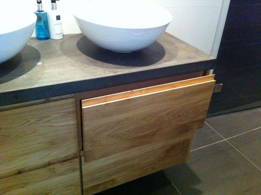 Wastafelkast met kom hout grijs wit badkamer house