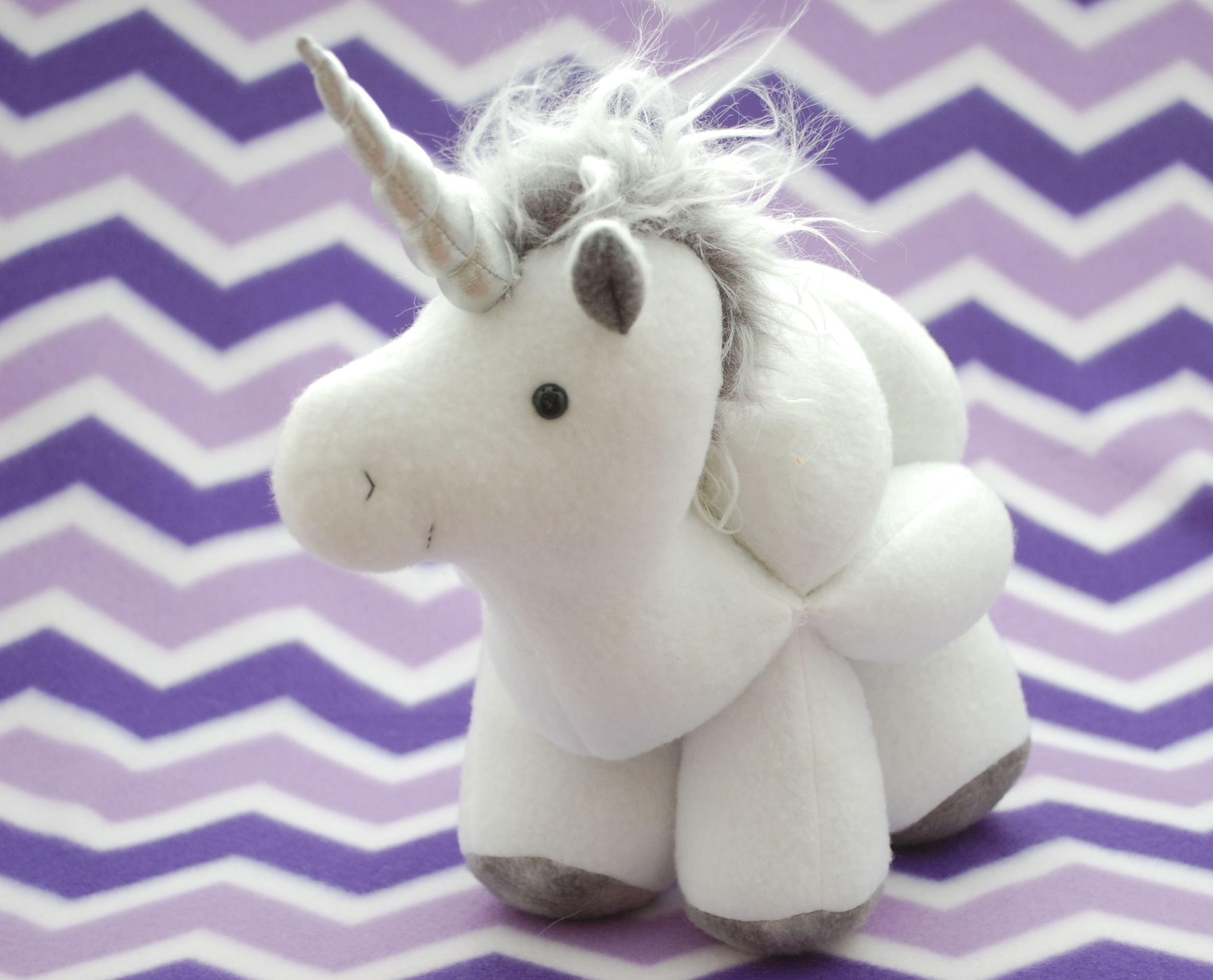 Unicorn and Horse Puzzle Ball | Pferde, Häkeln und Nähen