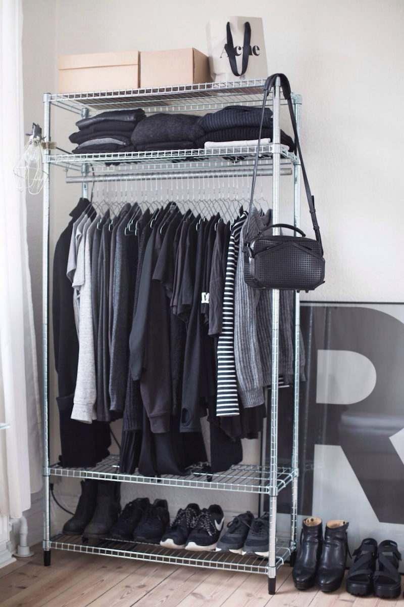Rangement Vetement Pour Petite Chambre porte vêtement, penderie et armoire grillagée- rangements