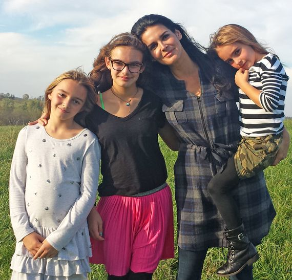 Angie Harmon & daughters discover their Harmon roots http://www.huffingtonpost.com/megan-smolenyak-smolenyak/exclusive-video-angie-har_b_6904702.html