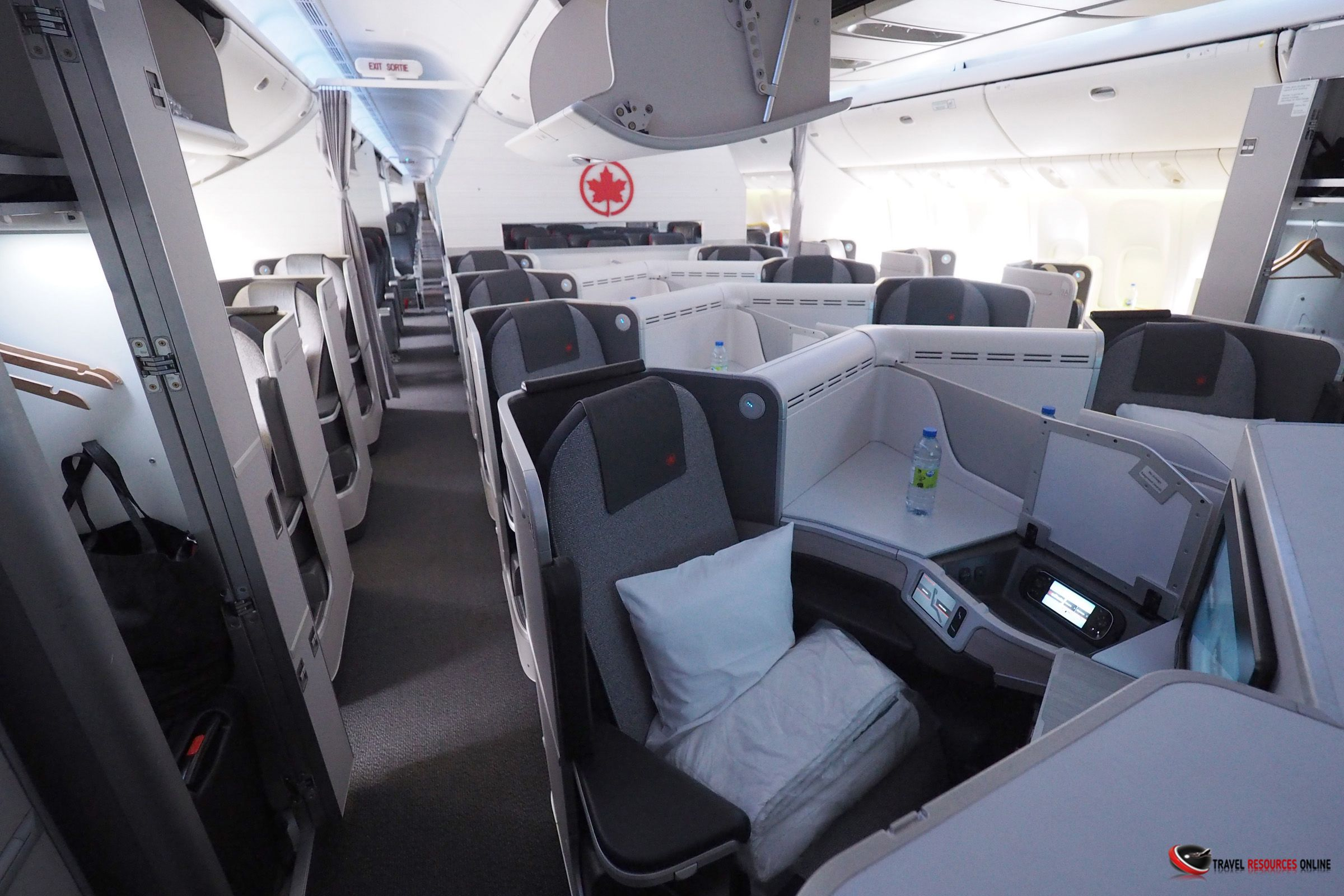 Get Air Canada Reviews to know their facilities Business