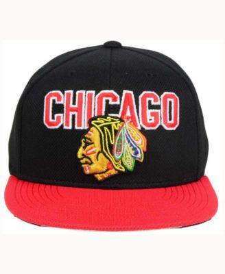 083f2397cf0 Reebok Chicago Blackhawks Winter Classic Player Snapback Cap - Black Red  Adjustable
