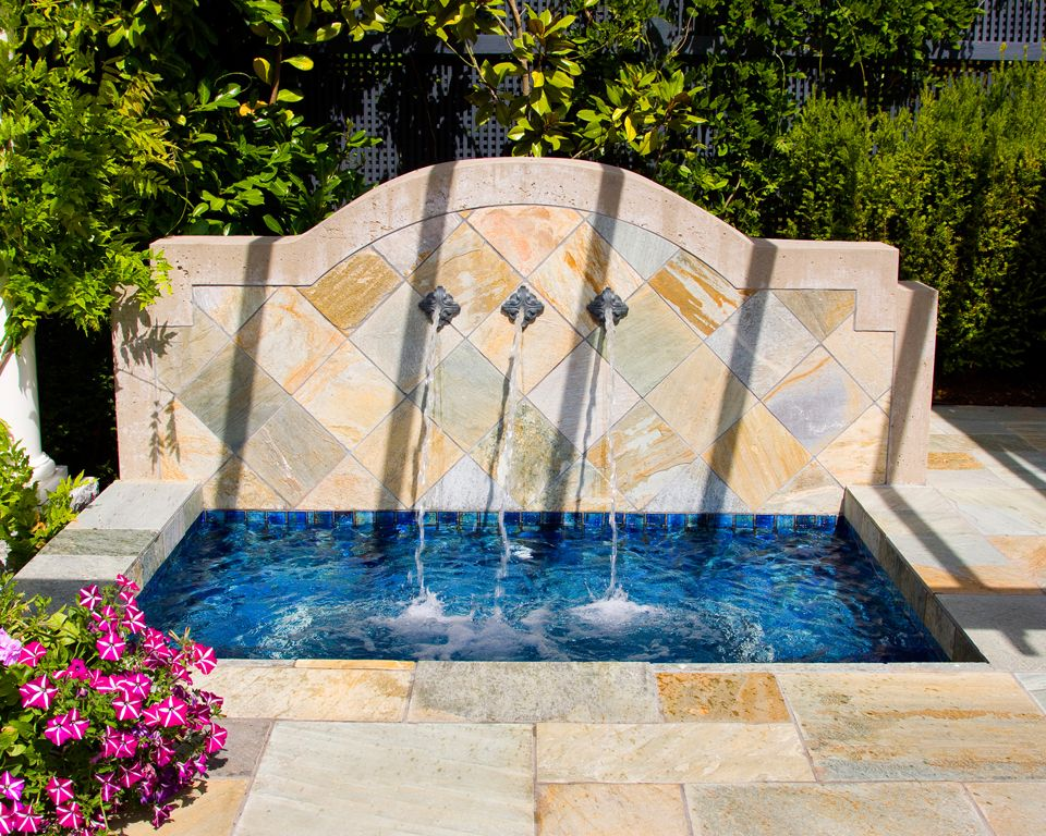 Master Pools Guild Custom And Spas