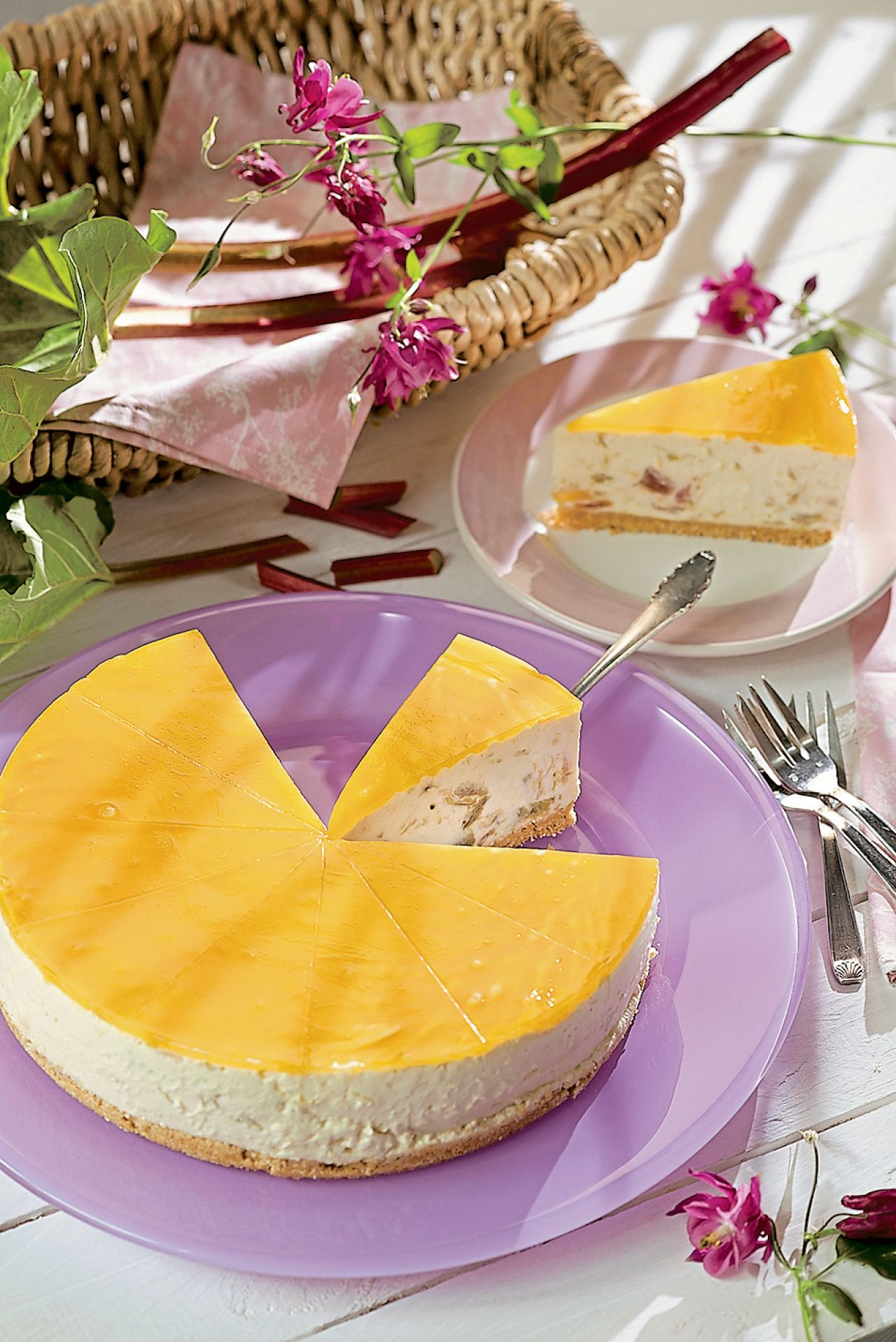 Rhabarber-Torte mit Maracuja