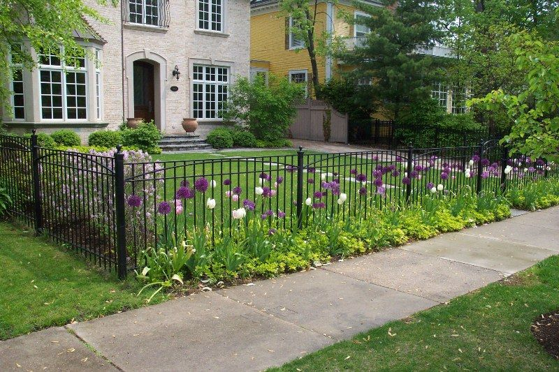 Front Yard Landscaping Ideas With Minimalist Wrought Iron Fence