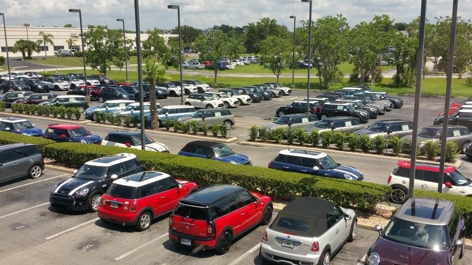 The MINIs are lining up outside for our luncheon today