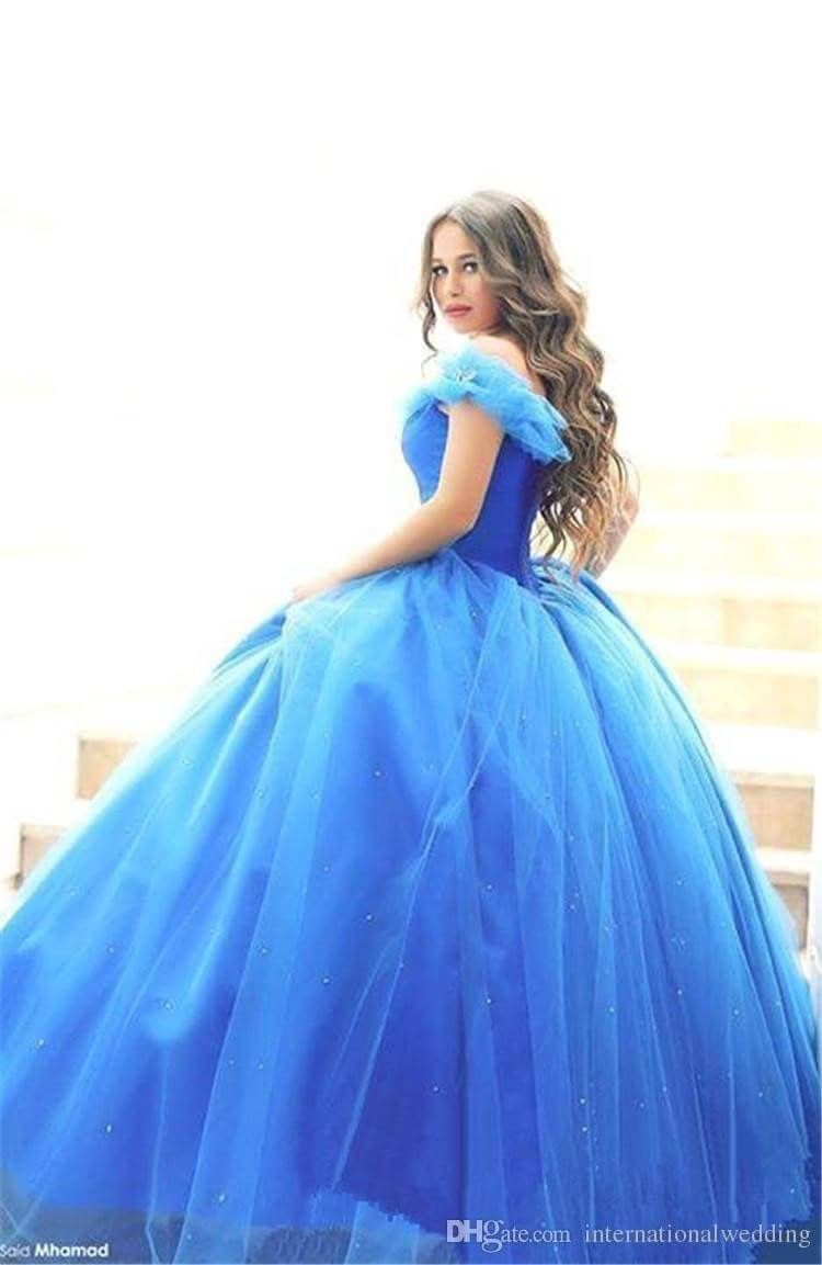 Looks like the dress from the new Cinderella movie.  5459b2e95654
