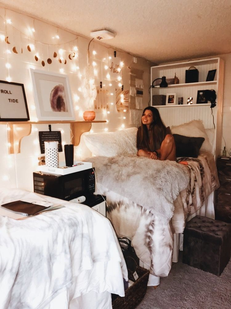 Designs For A Wide Variety Of Room Ideas And Looks In Different Styles For Any Modern Home Beautiful Dorm Room College Dorm Room Decor Dorm Room Inspiration